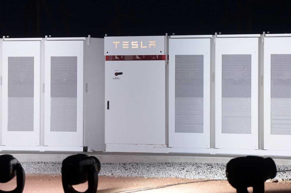 特斯拉挖角亚马逊高管 任命其担任能源部门负责人