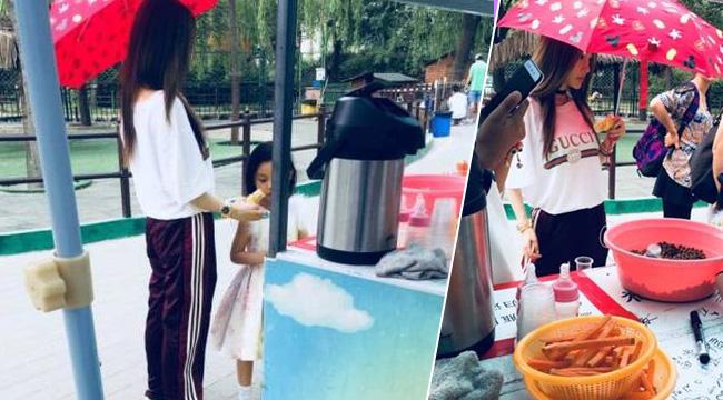李小璐带女儿逛公园 不见爸爸贾乃亮