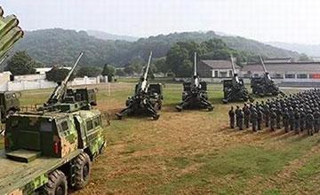 """中国陆军最强火力?疑似新型155毫米卡车炮曝光"""" width="""