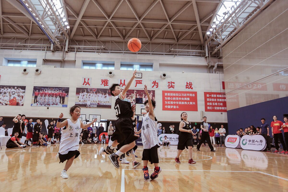 首赛季NYBO春季赛收官 近千名小球员晋级年度总决赛