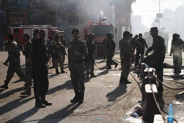 阿富汗东部发生自杀式袭击致15人死亡