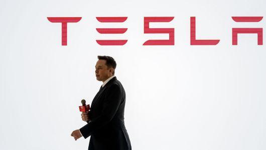 为拼Model 3产量 特斯拉向员工免费提供功能性饮料