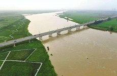 汉江渭河形成今年第一号洪水 省防总启动应急响应