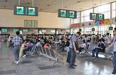 拖行李恁费劲  旅客盼望西安火车站增设电梯