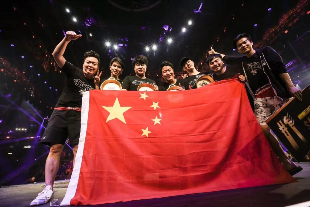 图:PGI邀请赛落幕 中国战队OMG斩获FPP模式冠军