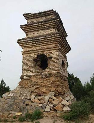 血山塔别名无头塔,修缮不是破坏文物系原貌修复