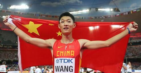 """中国小将打破亚洲纪录夺冠却不兴奋 反感别人说""""比赛型"""""""