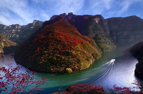 青天河景区赴嵩县天池山景区开展旅游结对帮扶工作