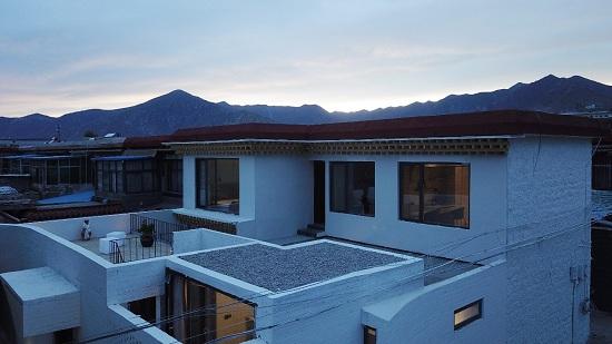 """迈向拉萨 将温暖的阳光带回""""高海拔的家"""""""