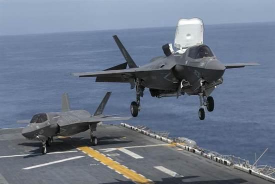 美国防部宣布所有F-35战机暂时