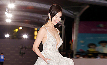 台湾女神闪婚成韩国媳妇 如今43岁容颜不老