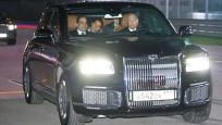 普京又亲自开车了 这次副驾驶坐着埃及总统