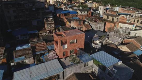 """《梦想改造家》预告 解救""""被困住的家"""" 建筑师孟岩挑战高密度环境改造"""