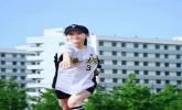章泽天棒球写真旧照曝光 穿清华校服肤白貌美嫩出水