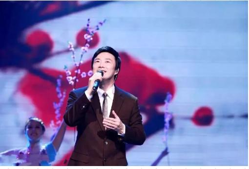 登台献艺45年 费玉清决定2019年正式隐退