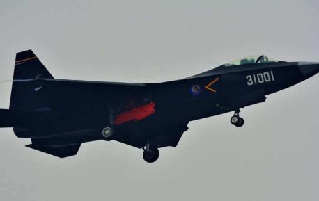 中国海军舰载机首选FC31?发动机仍然是瓶颈,但已有突破