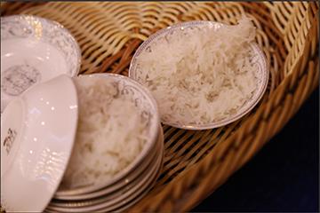 """产值达百亿 """"南洲稻虾米""""带动15000人脱贫"""