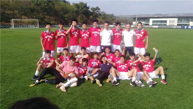 東莞麻涌球隊奪二青會足球項目金牌
