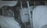 高速路上大巴司机突发脑梗 两步操作救了38名乘客