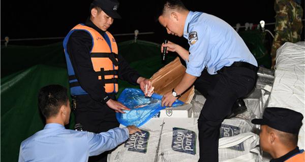 珠海警方破获一起大型走私冻品案 查扣冻品约240吨