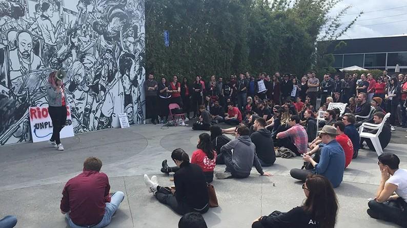 因性别工作歧视《英雄联盟》Riot总部超过150名员工举行罢工