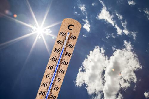 岛城气温再破新高 胶州已达39℃ 今日高温仍将持续