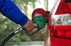 陕西省油价下调 92号汽油最高零售价每升下调0.37元
