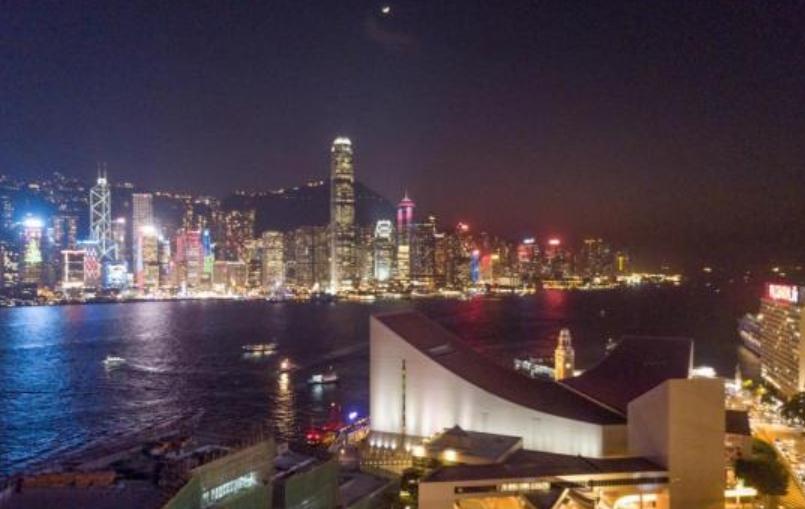 """香港發展特色旅游 維港""""水上的士""""2020年投入服務"""