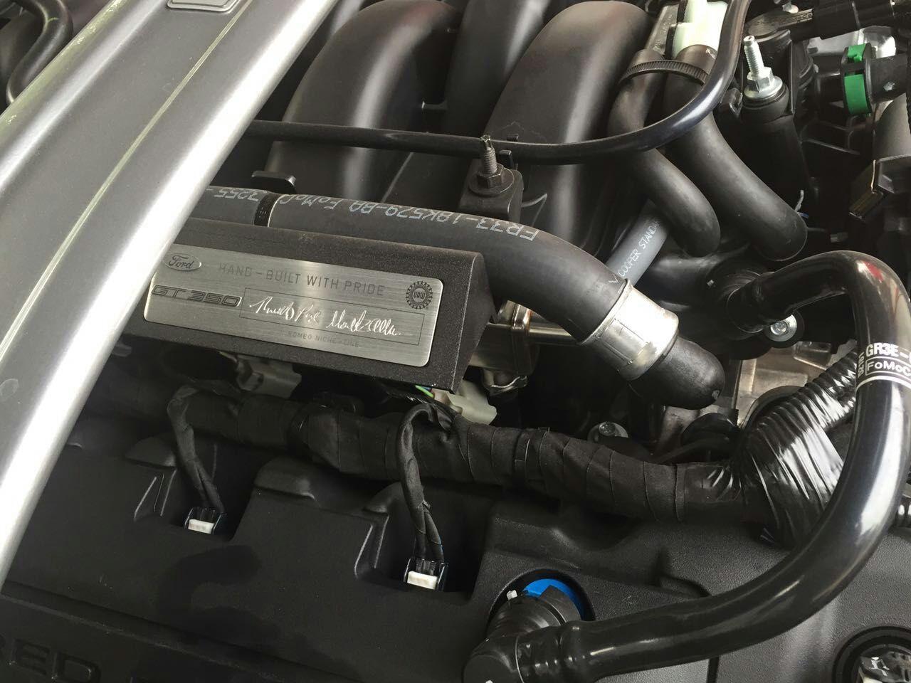 16款福特眼镜蛇谢尔比v8机械增压发动