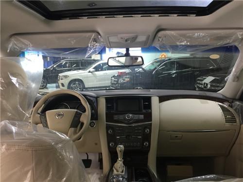 2017款中东版尼桑途乐4.0SE版白色北京现车