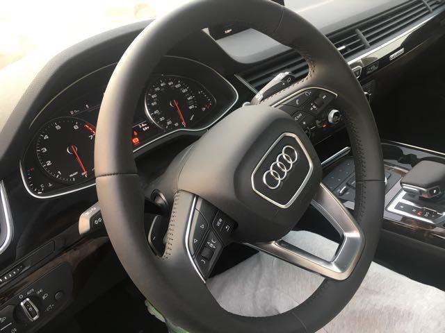 2017款奥迪Q7现车全国可分期购车零首付