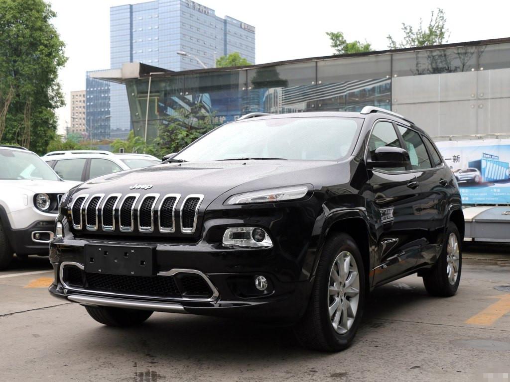 全新jeep自由光最新报价 现车震撼价