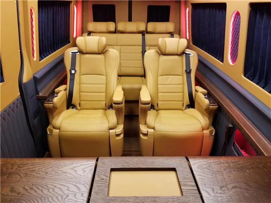 斯宾特奔驰7 2隐形9座商务车房车图片