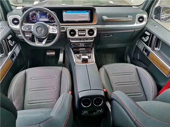 新款奔驰G500 39年不变外观 依旧爆款