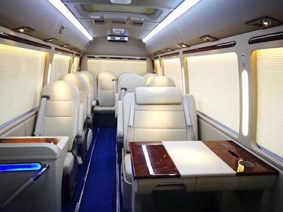 北京改装考斯特16座17座报价 一汽丰田
