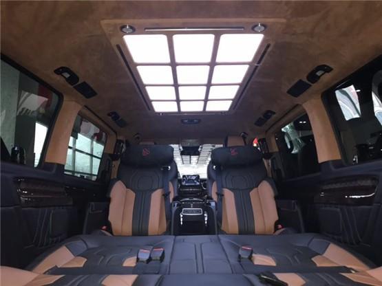奔驰V260L尊贵版 德国进口七座MPV实图