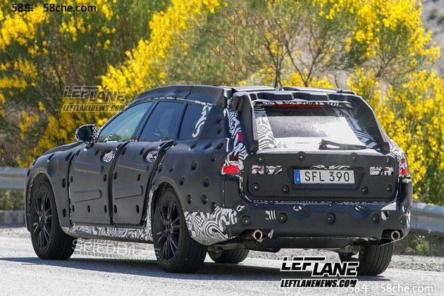 全新旗舰车型S90进口高定典藏版 在今年4月举行的2016北京车展上,沃尔沃全新旗舰轿车S90首发亮相,同时公布预售价格为:5772万元。包括S90 T6 AWD智雅型和S90 T6 AWD 智尊型在内的进口高定典藏版将限量390台发售。新车定位于中大型车,也是本品牌内的旗舰车型。该车搭载了沃尔沃Drive-e系列的2.