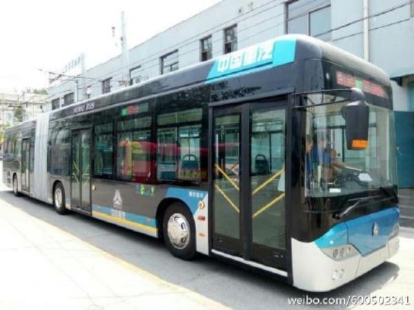图片来自微博网友@Dual-Powered_Trolleybus