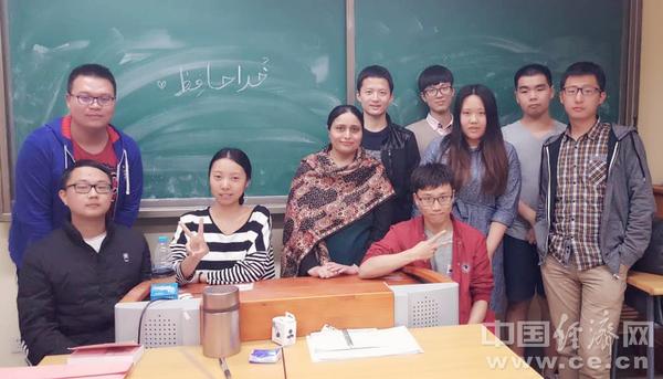 就业率超高 中国高校扩大乌尔都语教育规模