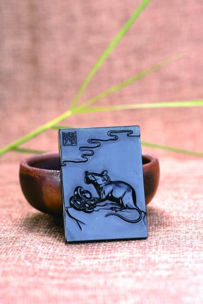 ▲ 标的物:林志峰 作 鼠牌