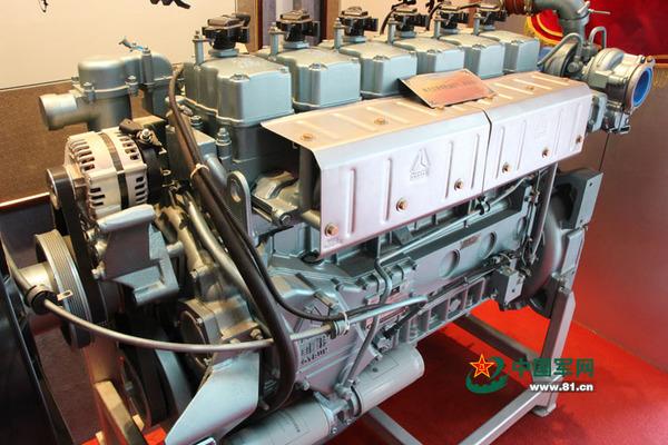 装备再制造技术国防科技重点实验室内陈列的斯太尔发动机(再制造).图片