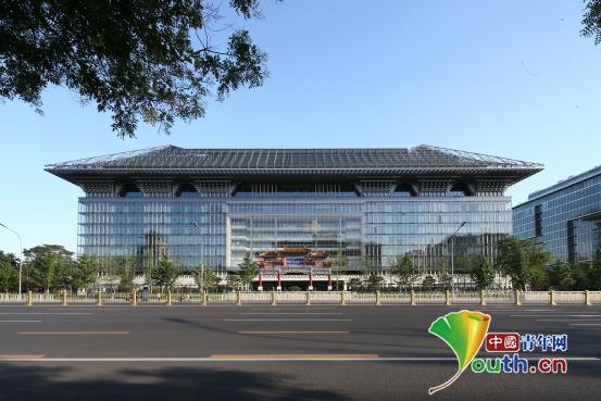 钢结构仿古建大屋顶作为大厦中国元素的标志坚实基