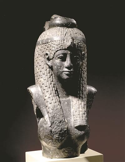 埃及艳后雕像