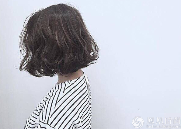 圆脸适合什么发型图片