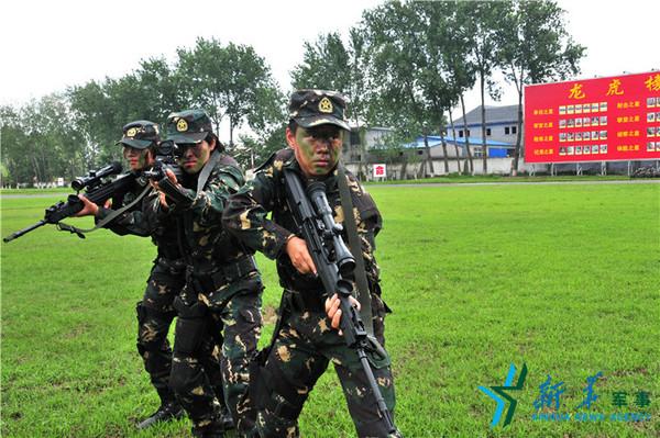 女子特战班开展协同训练