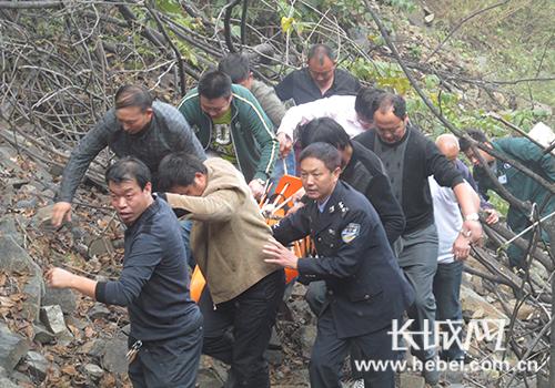 """""""美丽河北·最美政法干警""""候选人和胜民。图片由河北省委政法委提供"""