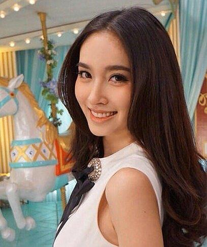 泰韩两国最美变性人斗艳 你最欣赏谁的美