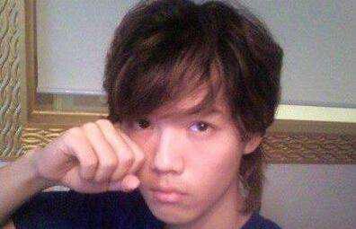 鹿晗高中时候真的是迷之发型