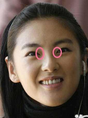 范冰冰素颜照被网友发现开眼角的痕迹
