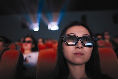 在福州金逸影城看3D电影 顾客被要求掏钱买眼镜